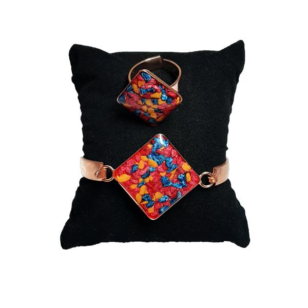 دستبند و انگشتر مسی طرح لوزی سنگ چهار رنگ
