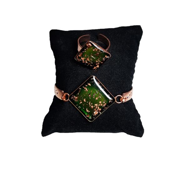 دستبند و انگشتر مسی طرح لوزی سبز یشمی
