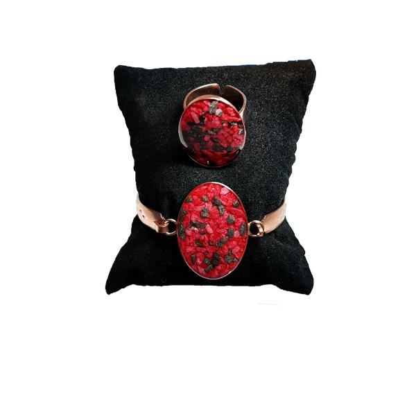 دستبند و انگشتر مسی طرح سنگ قرمز و مشکی